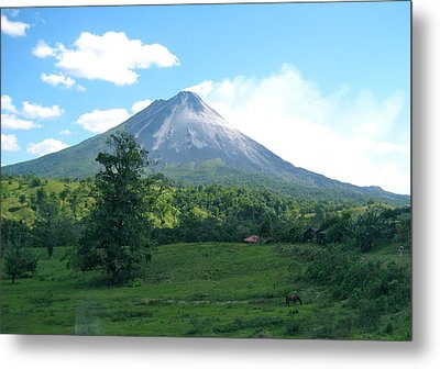 Metal Print featuring the photograph Arenal by Eric Tressler