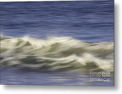 Metal Print featuring the photograph Artistic Wave by Betty Denise
