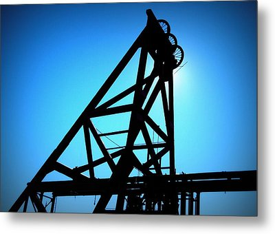 Audrey Mine Shaft Headframe In Jerome Metal Print by Cindy Wright