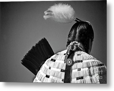 Back Feather Metal Print by Diego Re