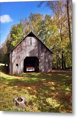 Metal Print featuring the photograph Barn An Chevy by Janice Spivey