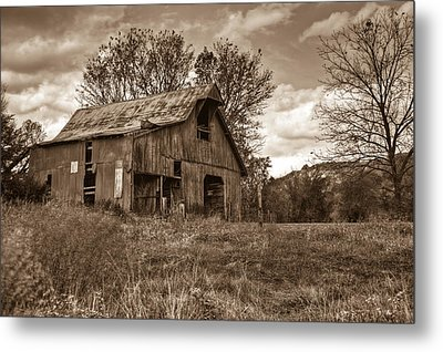 Barn In Turbulent Sky Metal Print by Douglas Barnett