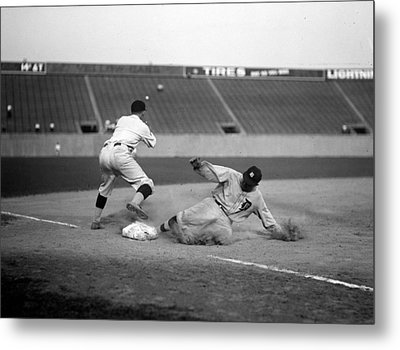 Baseball. Ty Cobb Safe At Third Metal Print by Everett