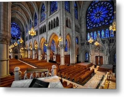 Basilica Of The Sacred Heart Metal Print by Susan Candelario