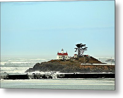 Metal Print featuring the photograph Battery Point Lighthouse II by Jo Sheehan