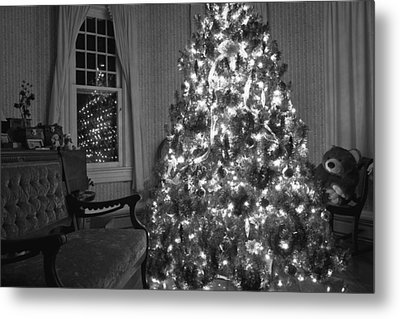 Bear In A Country Home Metal Print by Betsy Knapp