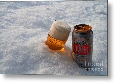 Beer In The Snow Metal Print by Rob Hawkins