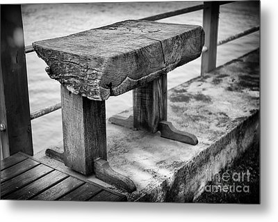 Metal Print featuring the photograph Bench by Thanh Tran