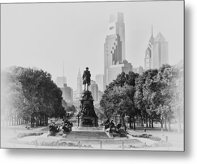 Benjamin Franklin Parkway In Black And White Metal Print by Bill Cannon