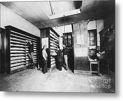 Bertillons Filing System, 19th Century Metal Print by Science Source