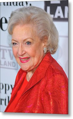 Betty White At Arrivals For Betty Metal Print