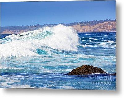 Big Blue Wave Breaks On La Jolla California's Pacific Coast Metal Print by Susan McKenzie