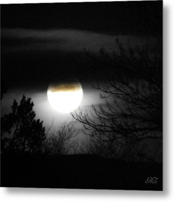 Black And White Full Moon Metal Print by Michelle Frizzell-Thompson