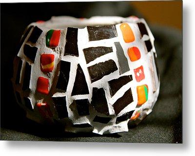 Black Mosaic Bowl Metal Print by Ghazel Rashid