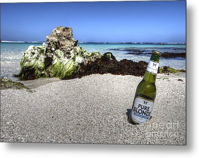 Blonde On The Beach  Metal Print by Rob Hawkins
