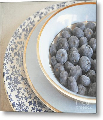 Blueberries In Blue And White China Bowl Metal Print by Lyn Randle