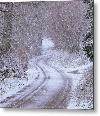 Bonjean In The Snow Metal Print