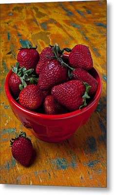 Bowl Of Strawberries  Metal Print by Garry Gay