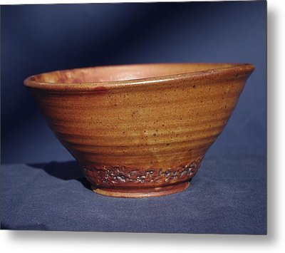 Bowl With Texture Metal Print by Rick Ahlvers