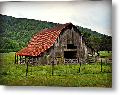 Boxley Barn Metal Print by Marty Koch
