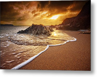 Breakthrough At Leas Foot Metal Print by Mark Leader