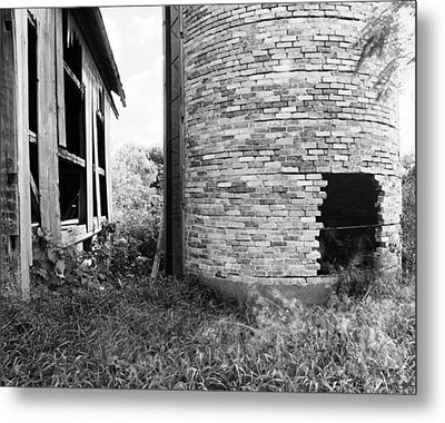 Brick Silo Wales Metal Print by Jan W Faul
