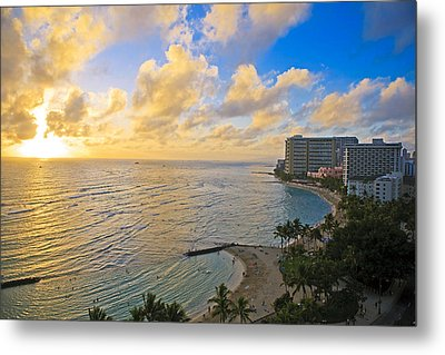 Bright Waikiki Sunset Metal Print by Tomas del Amo