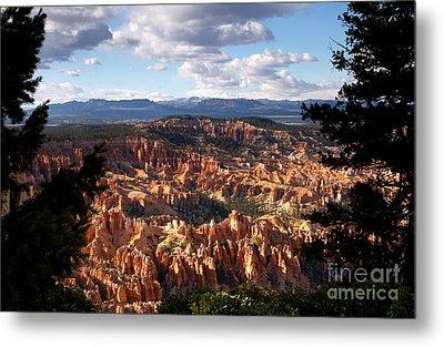Bryce Canyon Ampitheater Metal Print by Butch Lombardi