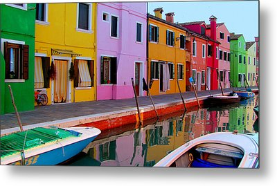 Metal Print featuring the photograph Burano by Barbara Walsh