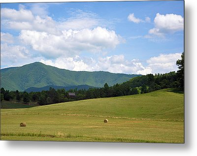 Cabin In The Smokies Metal Print by Jan Amiss Photography