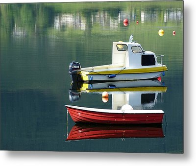 Metal Print featuring the photograph Calm Waters by Lynn Bolt