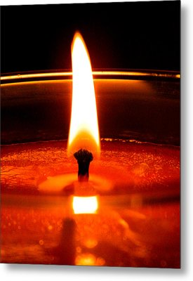Metal Print featuring the photograph Candlelight by Ester  Rogers