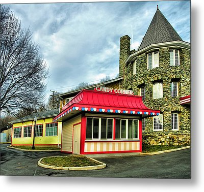 Candy Corner And Chatauqua Tower Metal Print by Steven Ainsworth