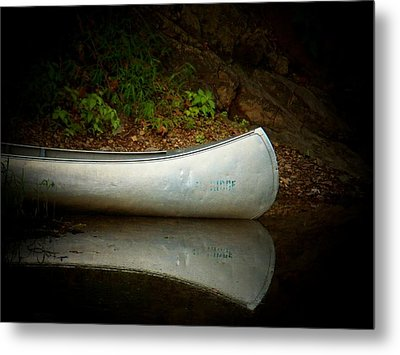 Canoe Metal Print by Joyce Kimble Smith