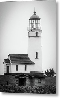 Metal Print featuring the photograph Cape Blanco Beacon by Kevin Munro
