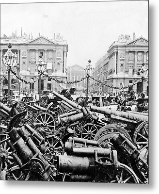 Captured German Guns At Palace De La Concorde In Paris - France Metal Print by International  Images