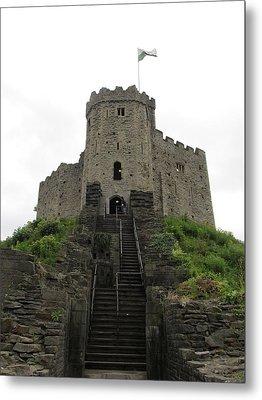 Cardiff Castle Metal Print by Ian Kowalski