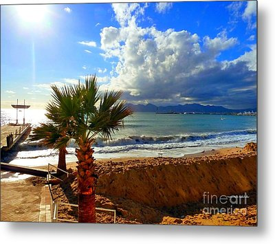 Metal Print featuring the photograph Carlton Beach Cannes by Rogerio Mariani