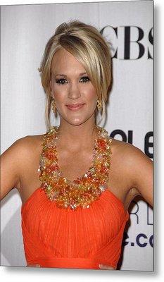 Carrie Underwood Wearing A Jenny Metal Print by Everett