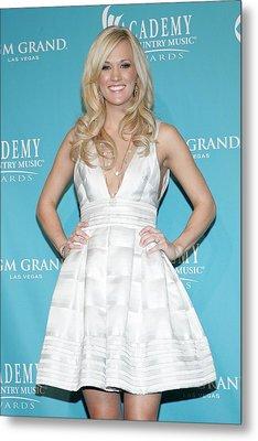 Carrie Underwood Wearing A Rafael Metal Print by Everett