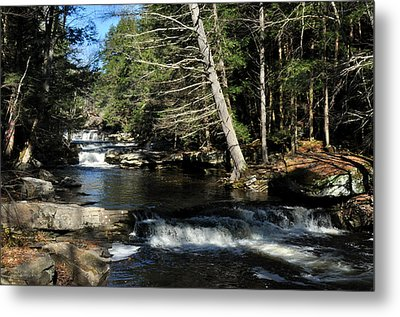 Cascade In The Catskills Metal Print by Diane Lent