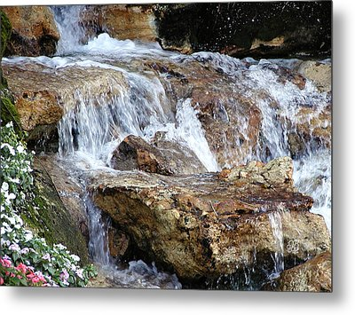 Cascading Water Metal Print by Barbara Middleton