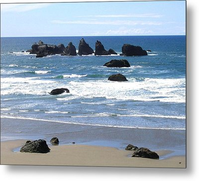 Cat And Kittens Rocks Metal Print by Will Borden