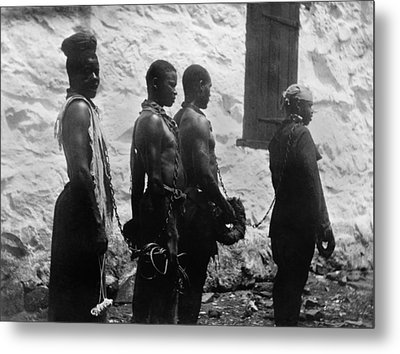 Chain Gang Of Convicts In Monrovia Metal Print by Everett