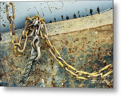 Metal Print featuring the photograph Chain Over Ship's Side by Agnieszka Kubica