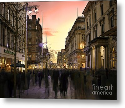 Chaos In The City Metal Print by Radoslav Toth