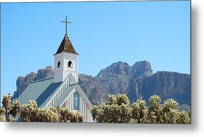 Metal Print featuring the photograph Chapel In Superstitions by Penny Meyers