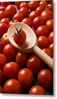 Cherry Tomatoes And Wooden Spoon Metal Print by Garry Gay