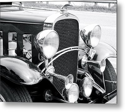 Metal Print featuring the photograph Chevrolet by Robin Regan