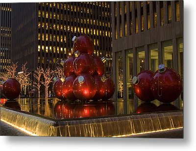 Christmas Ornaments Nyc Metal Print by Diane Lent
